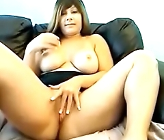 soft milf fingers herself nice and slow